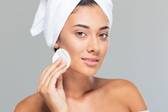 A Basic Skin Care Regimen to Follow